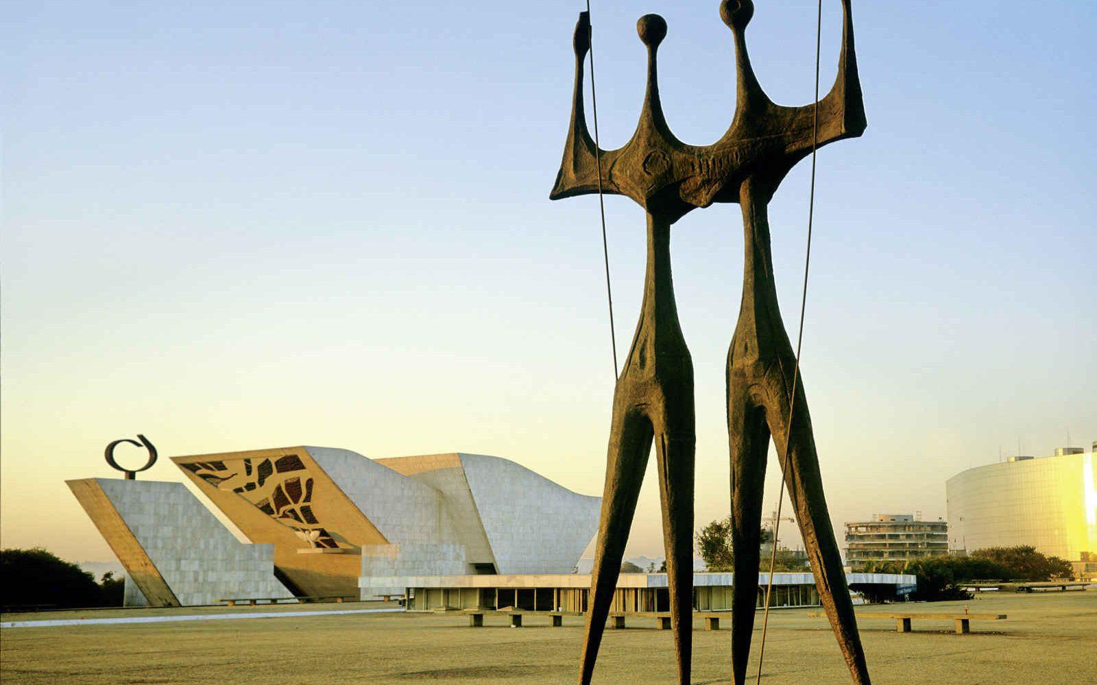 Statue des Dois Candangos, Brasilia