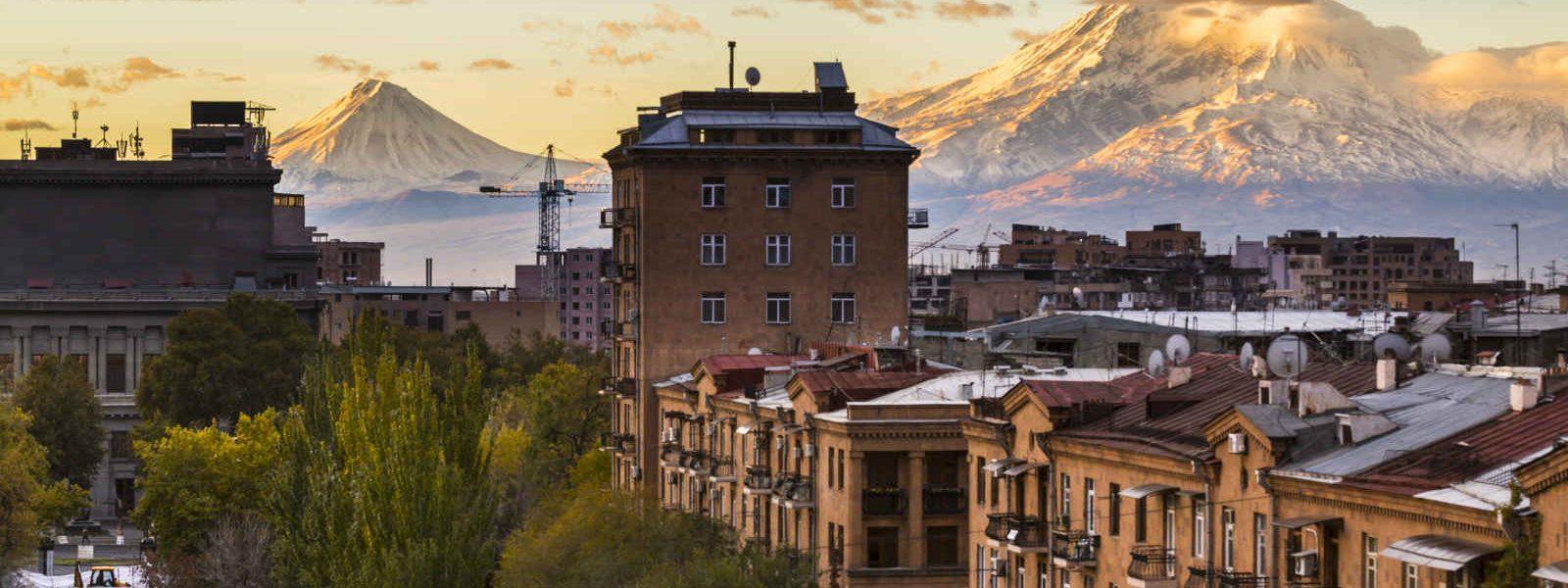 Erevan (Yerevan) et vue sur le mont Ararat, Arménie
