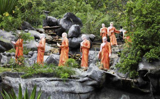 Statues, Moines Bouddhistes, Sri Lanka